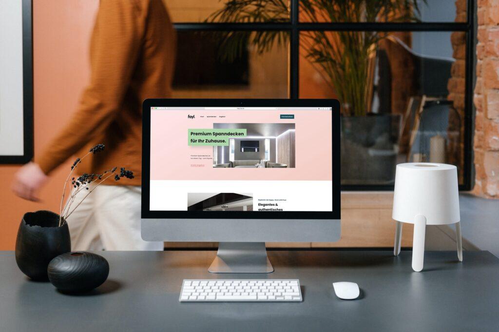 Foyl Mockup - Webdesign by Adlynx